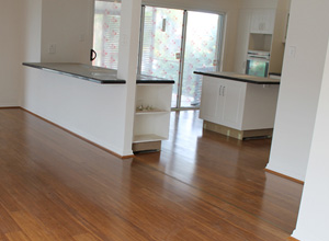 Wooden Floor Polishing Melbourne for Shining